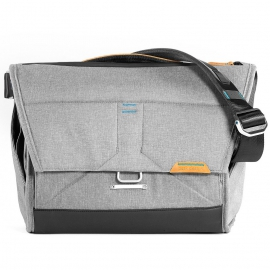 "Peak Design Everyday Messenger laukku 15"" - Shoulder bag - Ash"