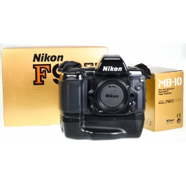 Nikon F90X + MB-10 battery grip