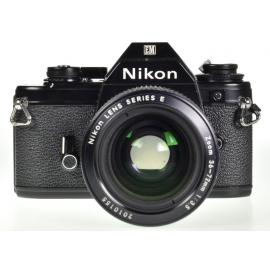 Nikon EM + Nikon Series E 36-72mm f/3.5
