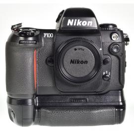 Nikon F100 + MB-15