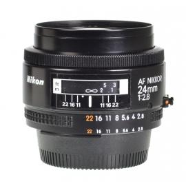 Nikon AF Nikkor 24mm f/2.8
