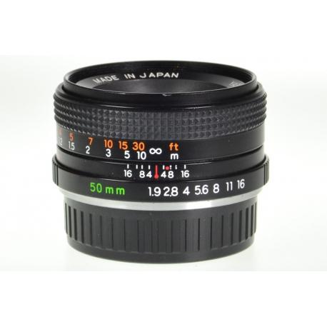 Yashica ML 50mm f/1.9 - C/Y