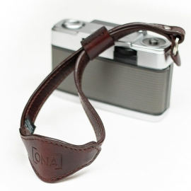 ONAbag Kyoto Antique cognac camera strap