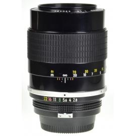 Nikon Nikkor 135mm f/2.8 Pre-Ai