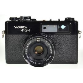Yashica MG-1