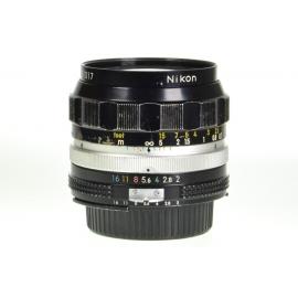 Nikon Nikkor-O.C 35mm f/2 Auto Ai'd