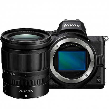 Nikon Z 5 + Nikkor Z 24-70mm f/4 S